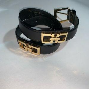 SALVATORE FERRAGAMO size MED black/gold BELT